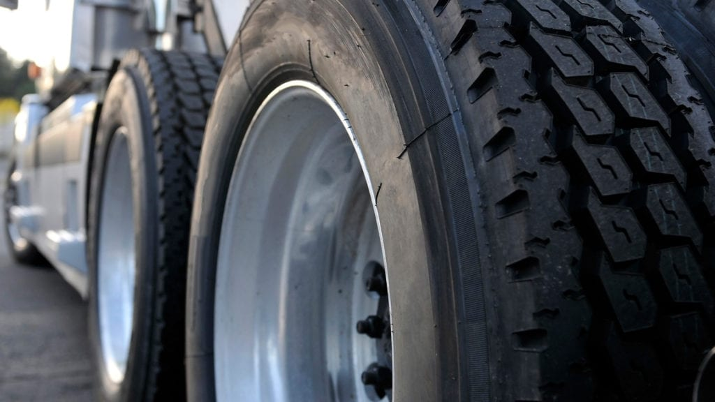 Balanceamento de Rodas de Caminhão